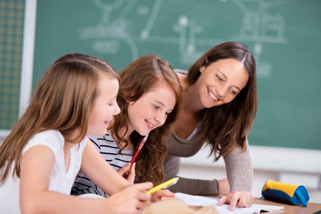 Cours de soutien scolaire collectifs pour enfants